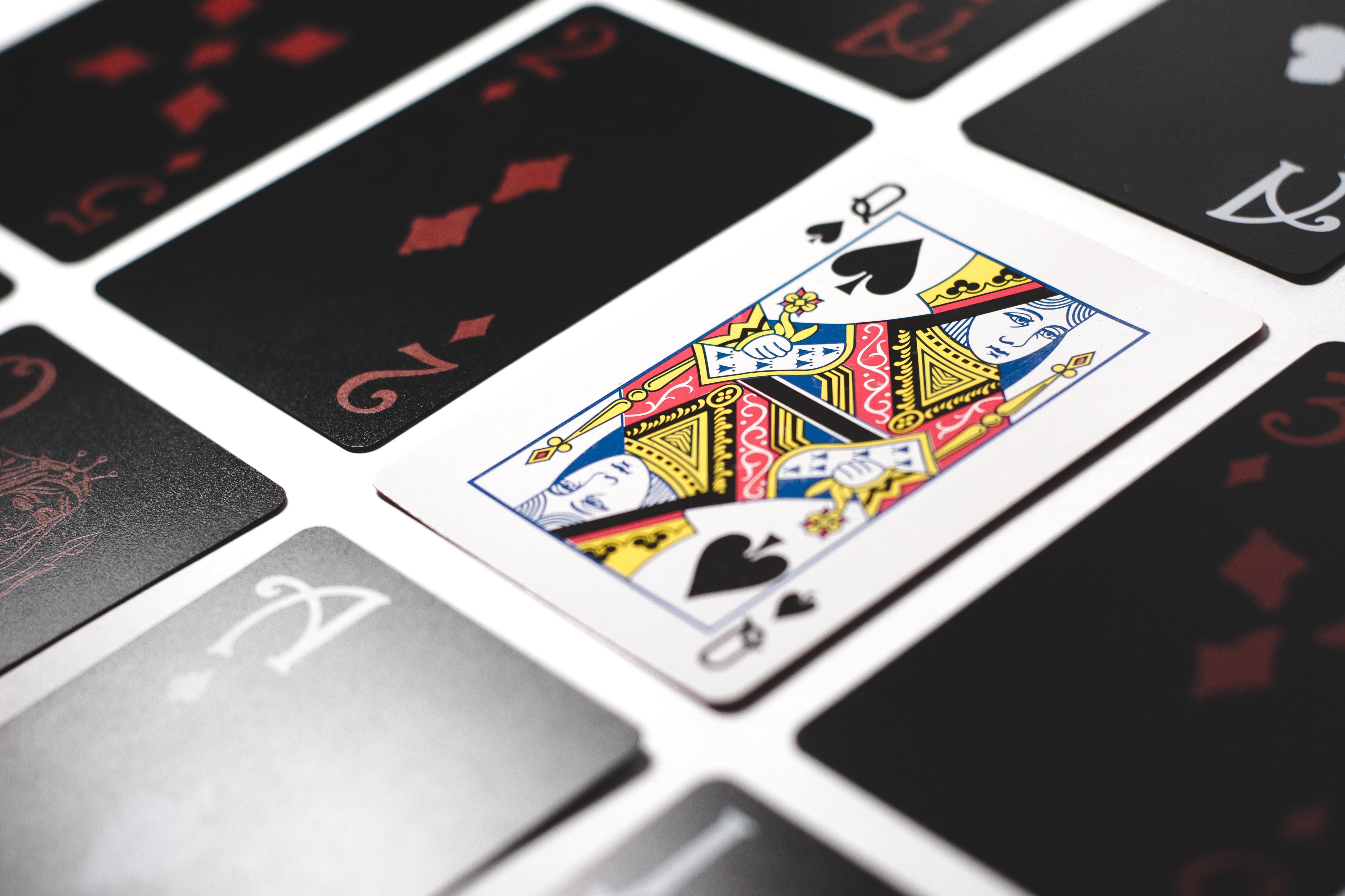 moterys-pokeris